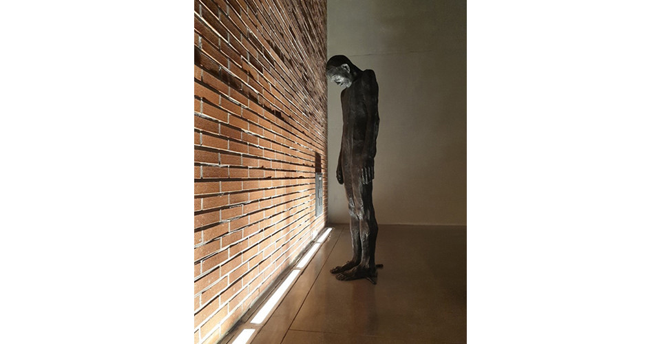 Installation view of A Side of Korean Contemporary Sculpture, Seo So Mum Holy Place History Museum, Seoul, Korea