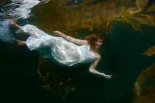 AmeliaUnderwater-4589-Edit.jpg