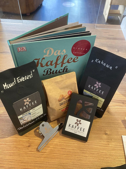 Kaffee, Zubehör und Literatur