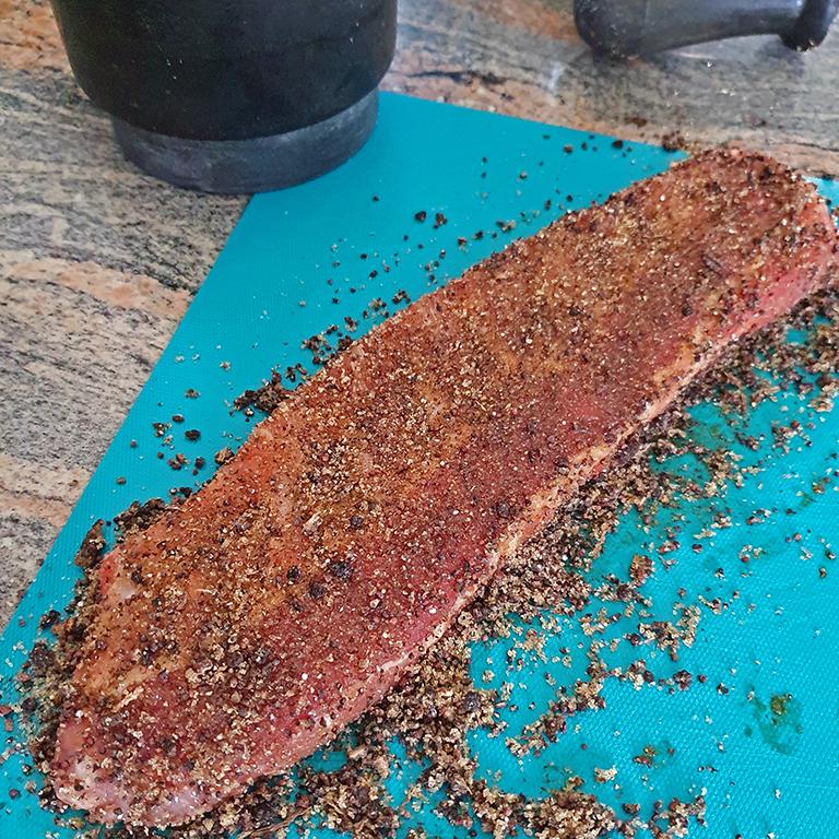 Coating the ribs in pepper