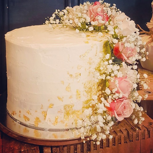 Cake with Trailing Roses & Gold Leaf