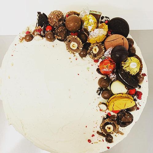 Cake with Edge of Chocolates