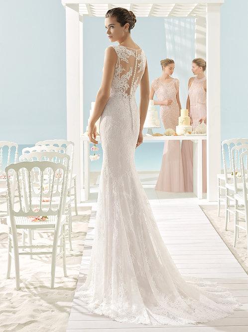 Xylina | Aire Beach Wedding
