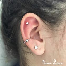 Piercing Nameh Piercer Helix