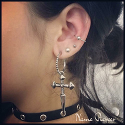 Piercing conch and lobe