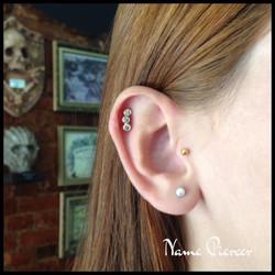 nameh piercer cluster heliz ear