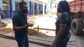 Marco vistoria obras na escola Deolinda Caetano Goulart