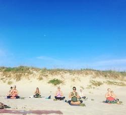 Beach yoga tomorrow morning at 8 😊🙏🏻