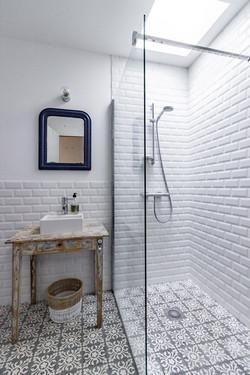 Salle d'eau / Shower room