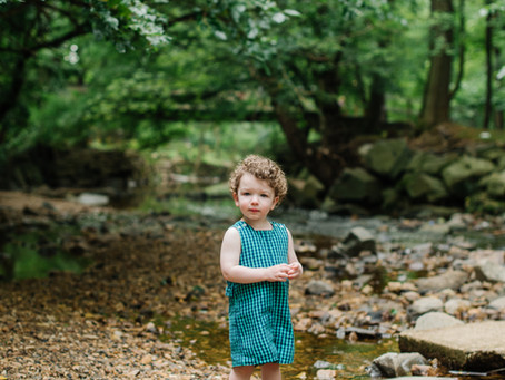 A Summer Morning at the Creek / Family Portrait Session