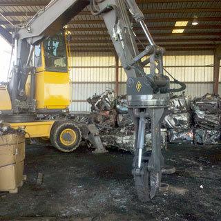 Engine Puller for Excavators