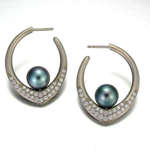 Annalee earrings Tahitian pearls/Pave diamonds