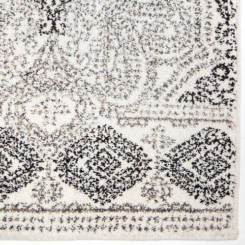 Modern/Traditional Rug