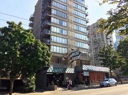 Riviera-hotel2