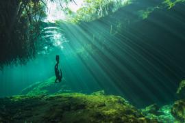 Freediver casa cenote