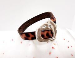 Leather Bracelet & Swarovski Clasp