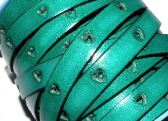 Turquoise Heart Cut Flat Leather 10mm