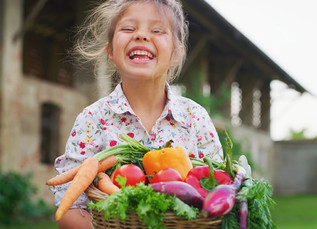 Cómo enseñar a los niños a sembrar un huerto