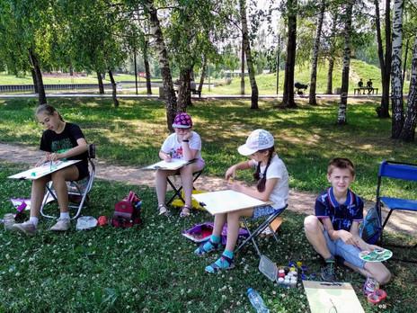 Творческий лагерь для юных художников: отдых на свежем воздухе плюс развитие.