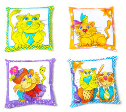 Catnip Pillows by 3 Fat Cats