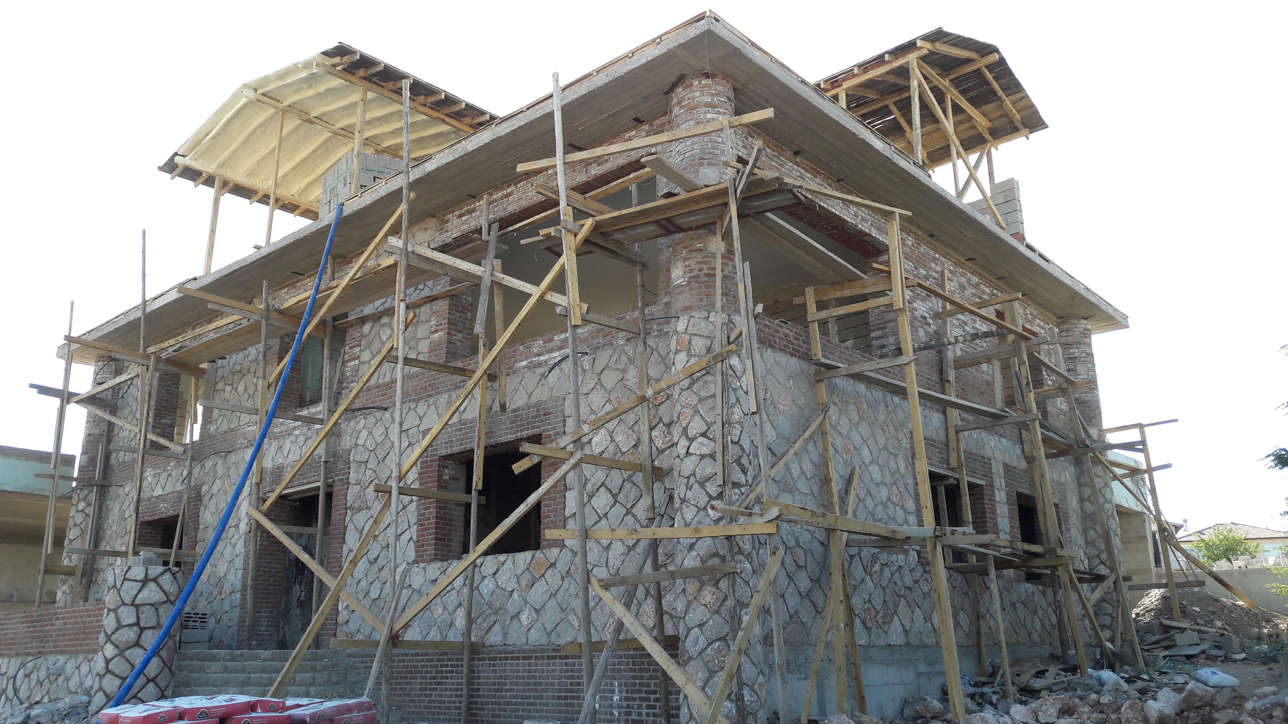 çatı tavan köpük izolasyonu