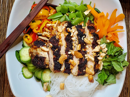 Weeknight Rice Noodle Salad Bowls with Grilled Chicken