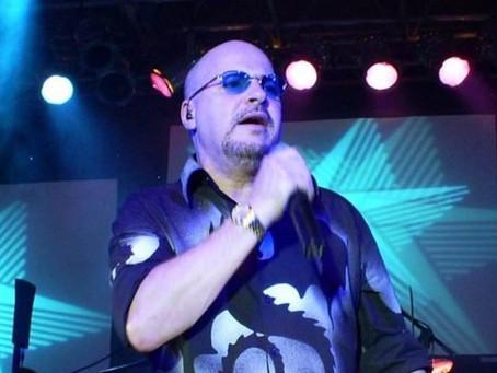 Morre Paulinho, vocalista do Roupa Nova