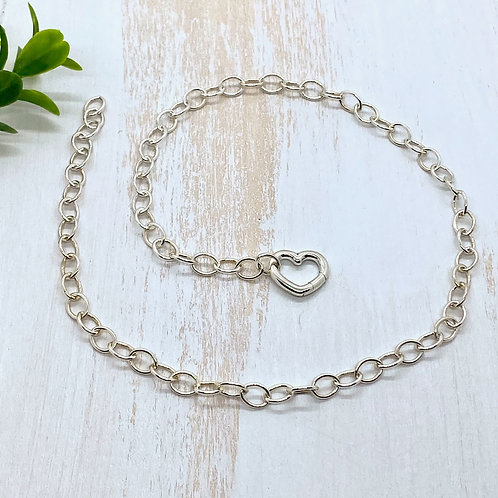 Cable Chain Charm Necklace with Heart Clasp