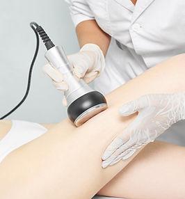 Cavitation rf body treatment. Female ult
