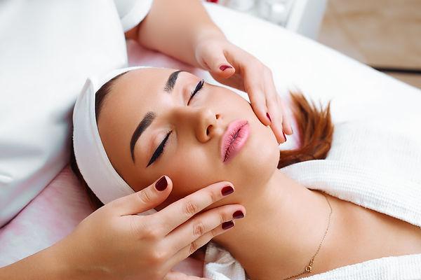 Cosmetic massage, facial treatment..jpg