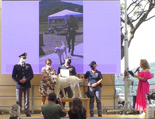 LEO premiazione con Ilaria Cavo, Assessore alla cultura, politiche giovanili Regione Liguria