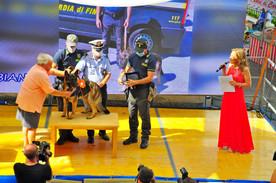 BIANCA premiata da Antonio Santacroce, Comandante Polizia Municipale di Camogli