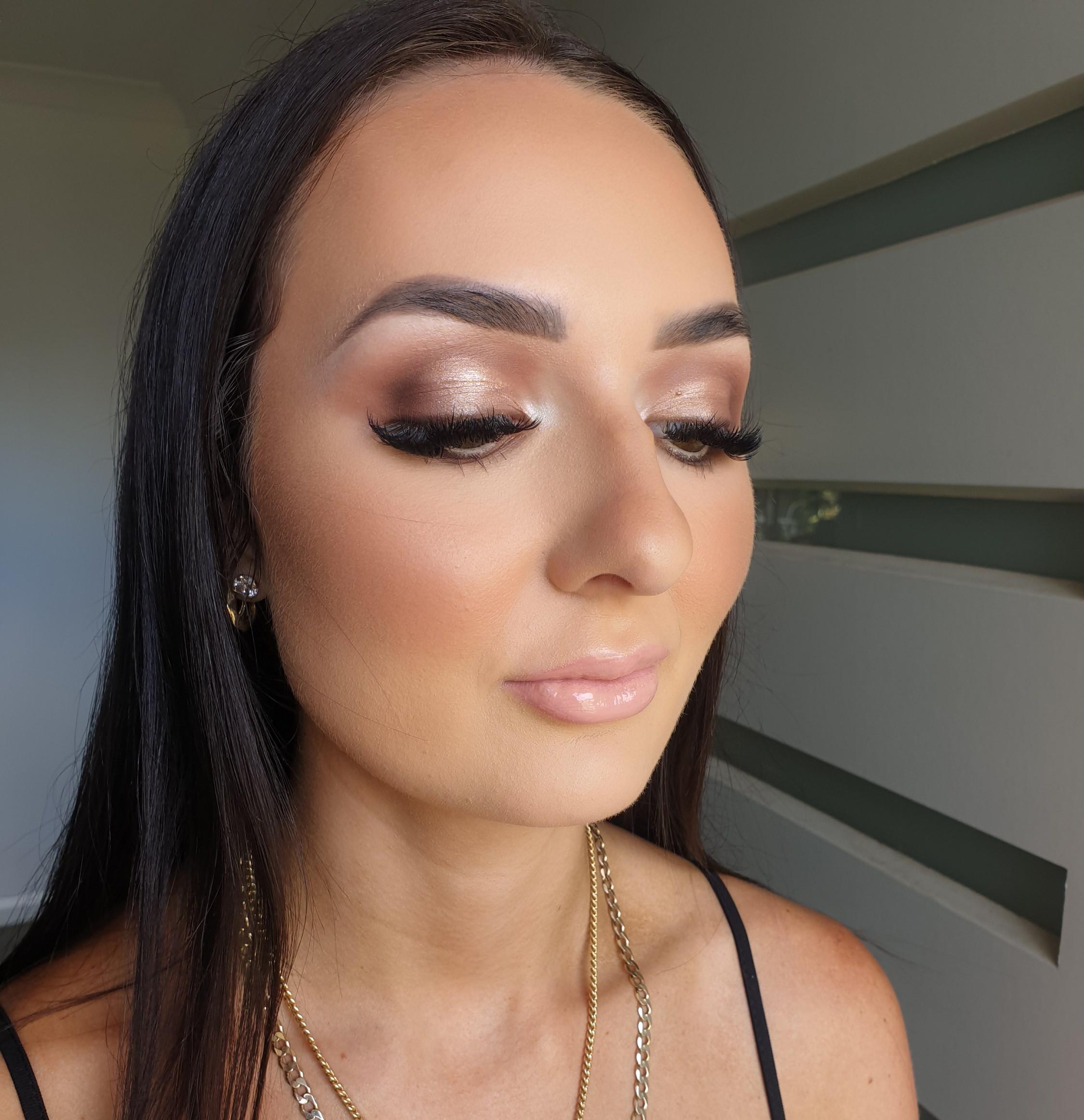 Makeup Application - Studio