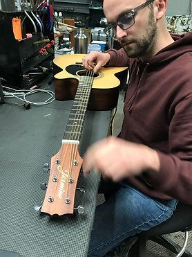 Guitar Repair. Fix Guitar.