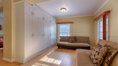 Bedroom 13-1.jpg