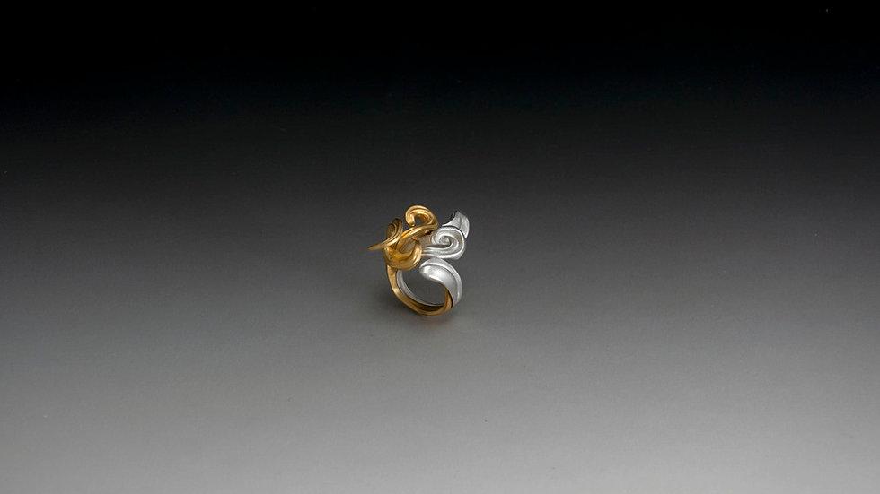 Minerva Signature Ring