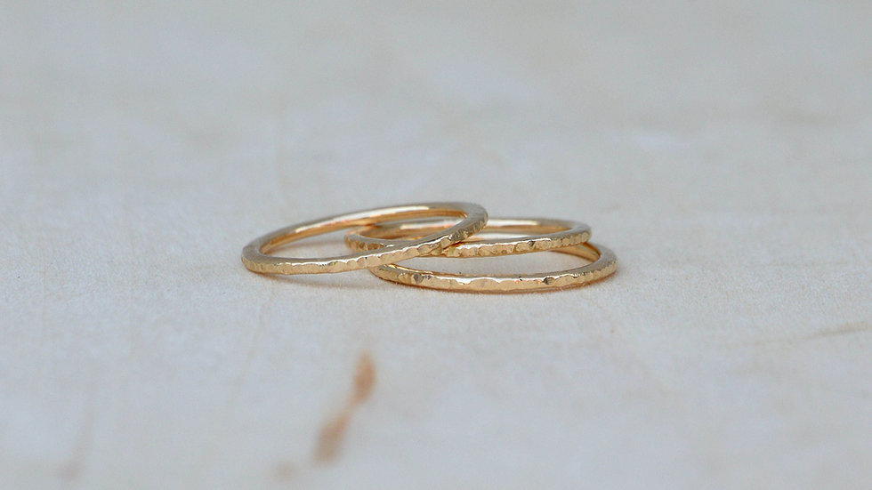 Get Hammered Band - 14k yellow gold