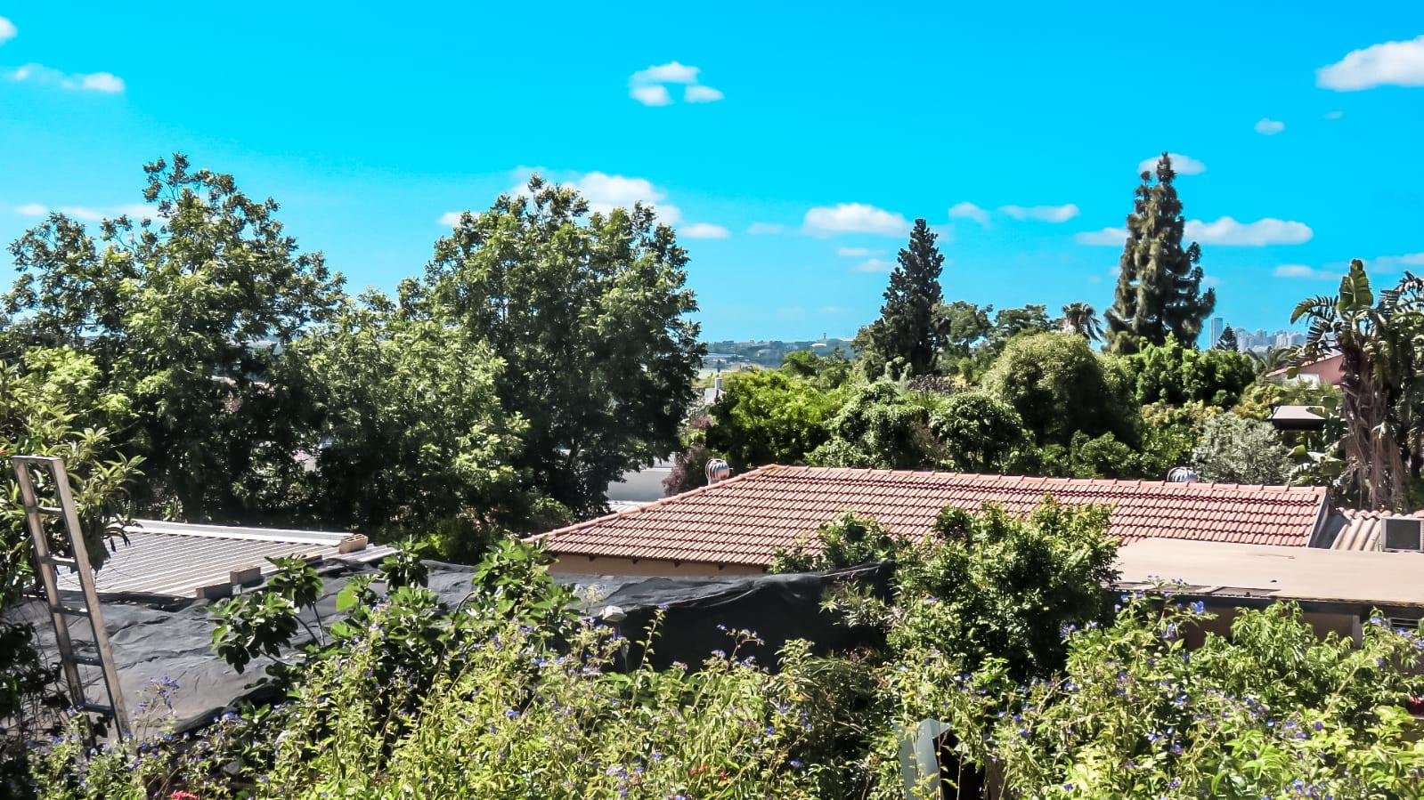 בית למכירה בחרוצים- הנוף מהמרפסת