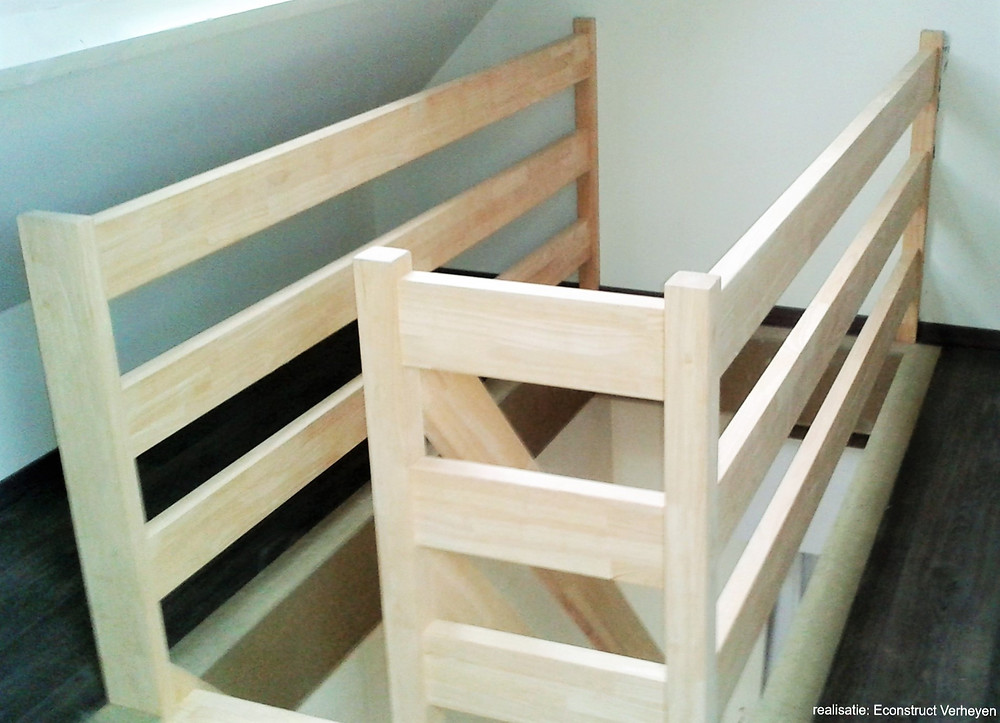 rubberwood trap - bron: Econstruct Verheyen