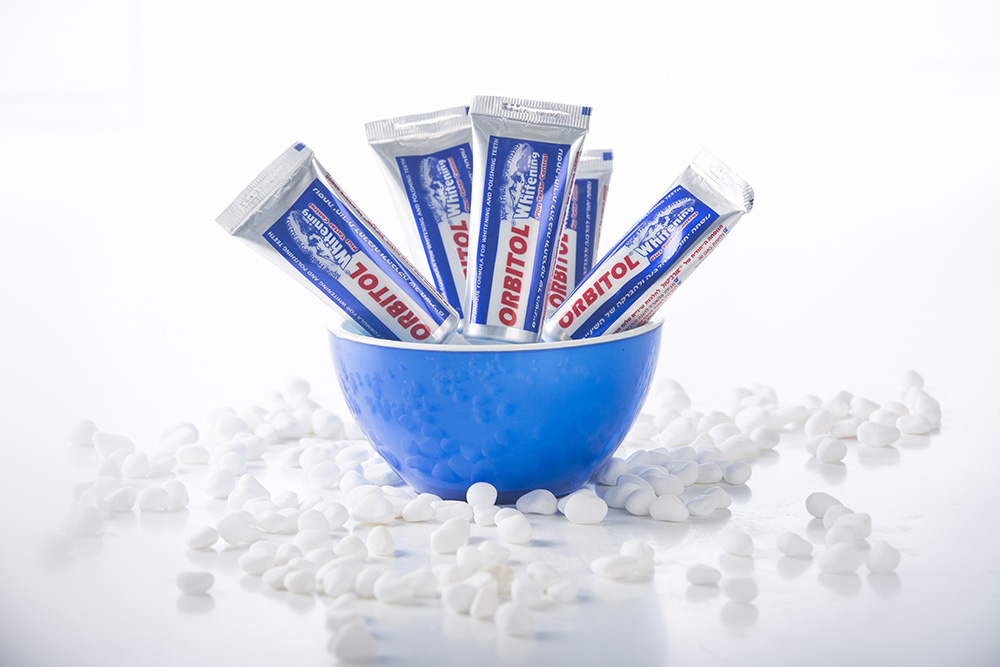 משחת שיניים קטנה