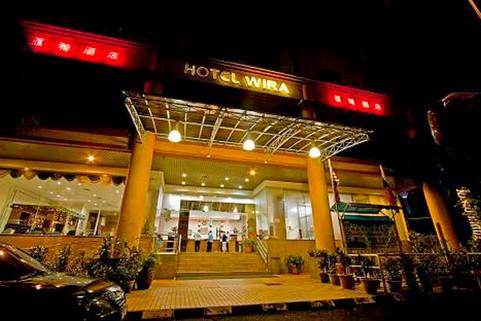 hotel facade at night.jpg