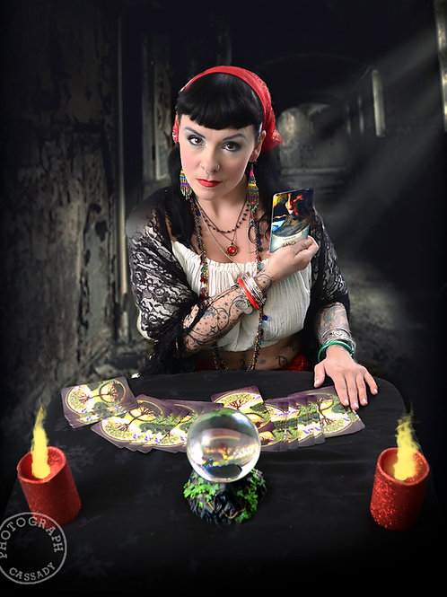 Gypsy Rose Tarot Reader