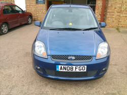 Ford Fiesta Pinstripes