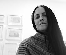 AMANDA_PORTRAIT_2020_HIRES_CROP.jpg