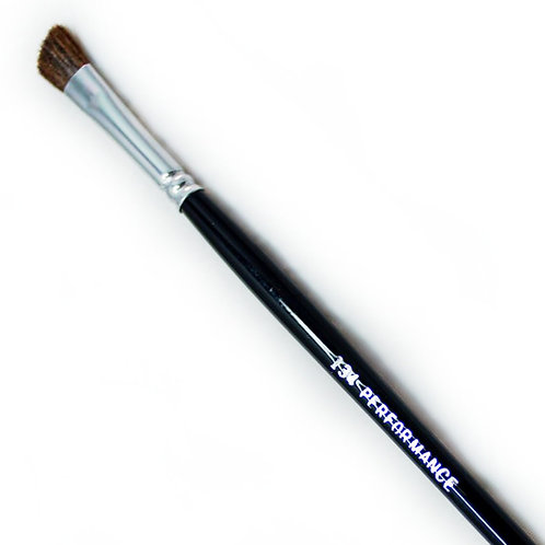 Performance Brush - 134 Eyeshadow Crease Brush