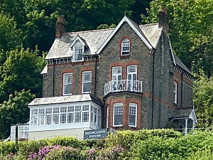 highcliffe_house_1_edited.jpg