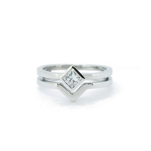18kt wit goud met princesse cut diamant