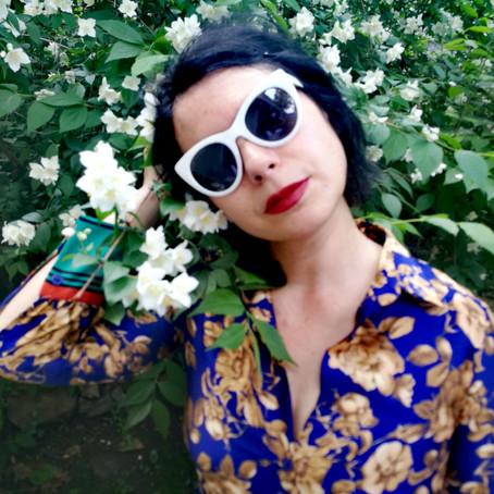 Artist Of The Hour: Lourdes De la Cruz