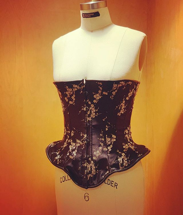Silk Shelf Corset