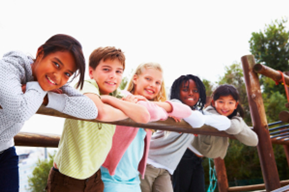 Children on the bridge